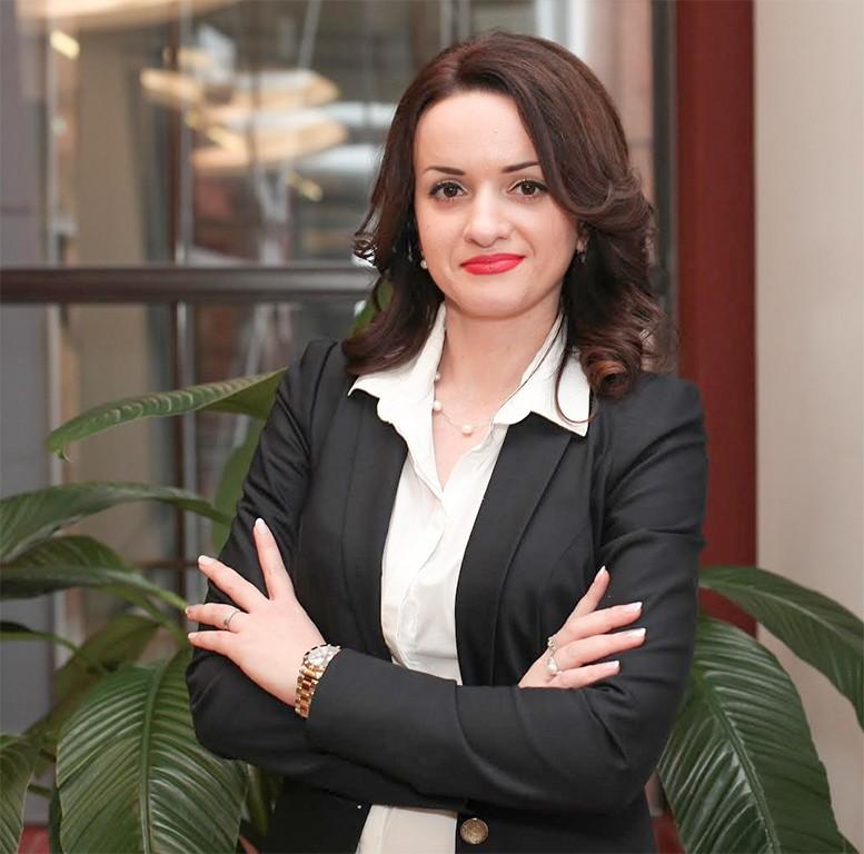 Ирина Плохова генеральный директор агенnства недвижимости Vesta Dom